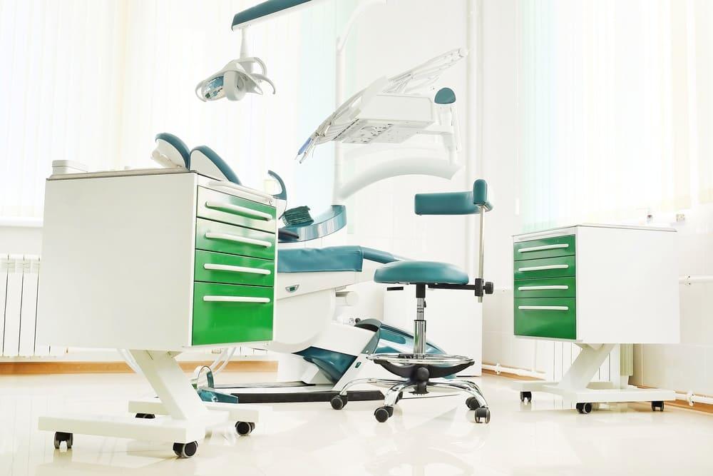 Monteur Klinik medizinsche Geräte und Systeme Job